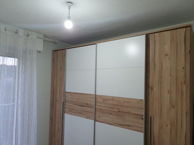 Montage armoire, Papier peint, Chge Rail par tringle, Enduit trou, Peint plafond, Chge douille
