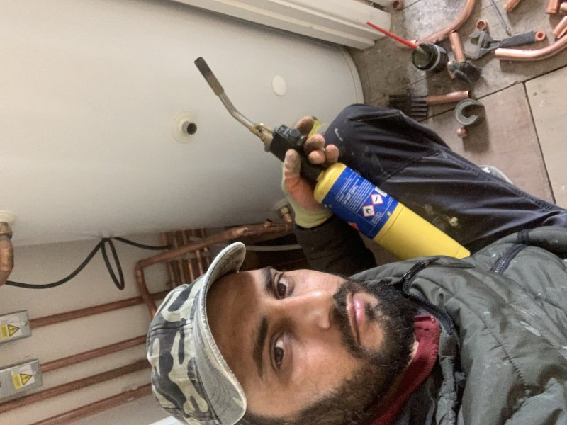 System boiler and tank installation