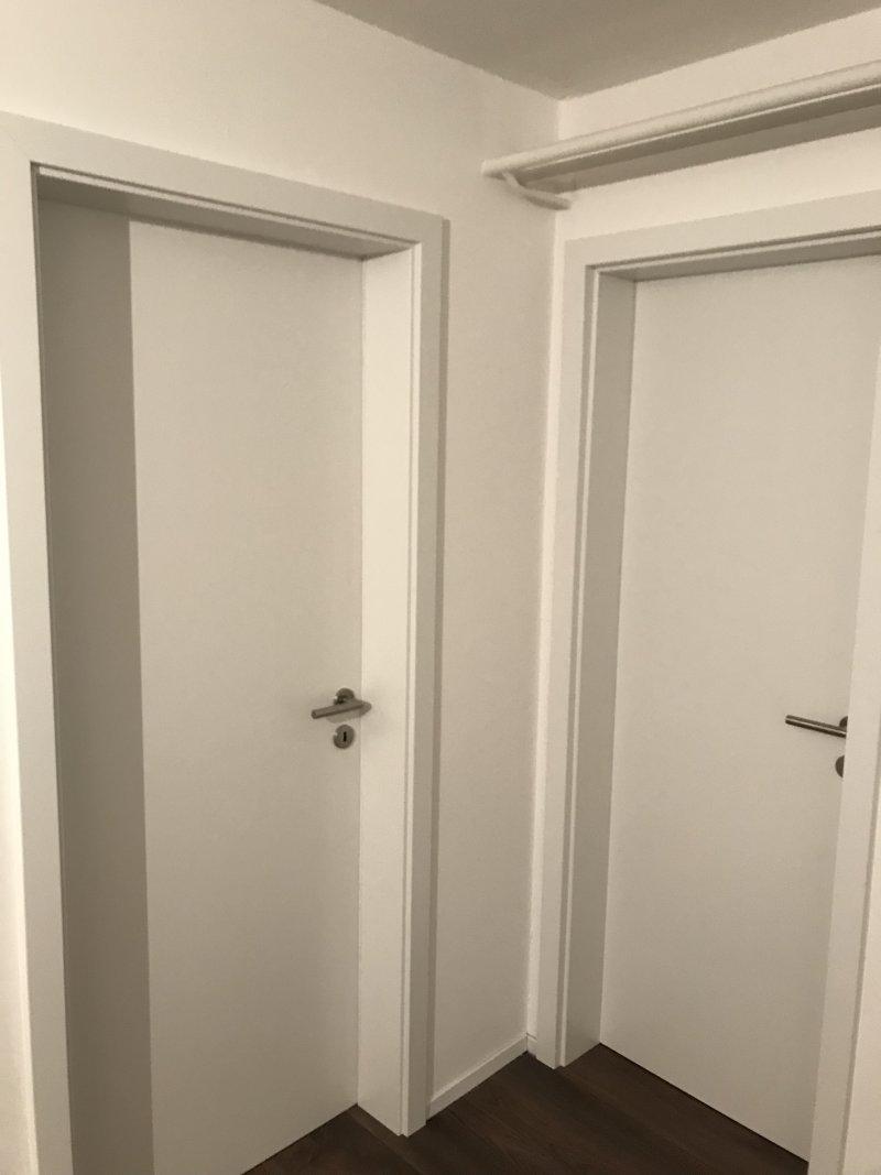 Pose de portes de communications (Cadre, faux-Cadre embrasures)