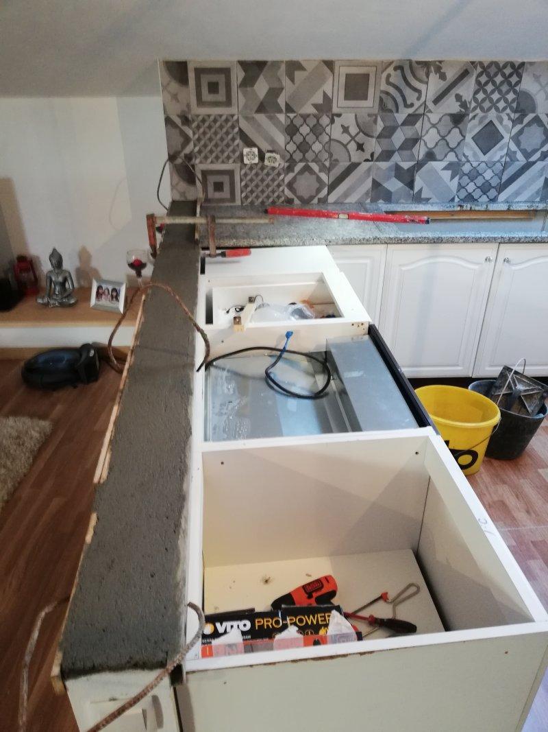 Montage cuisine,mur,installation électriques,carrelage