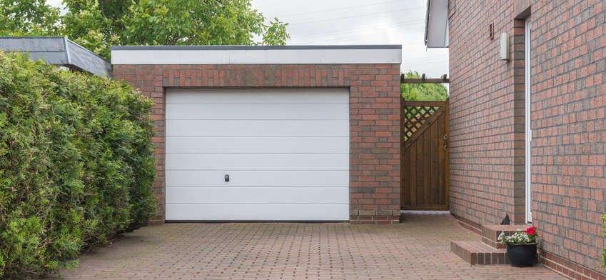 Changer une porte de garage