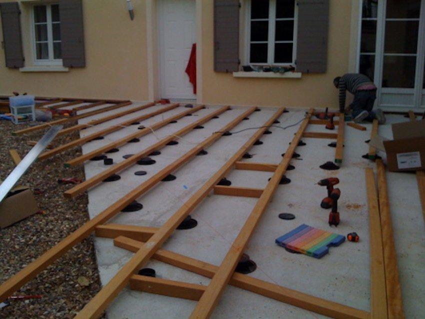 Pose terrasse bois sur plot